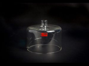 Glass dome with gas inlet for Vial former kit